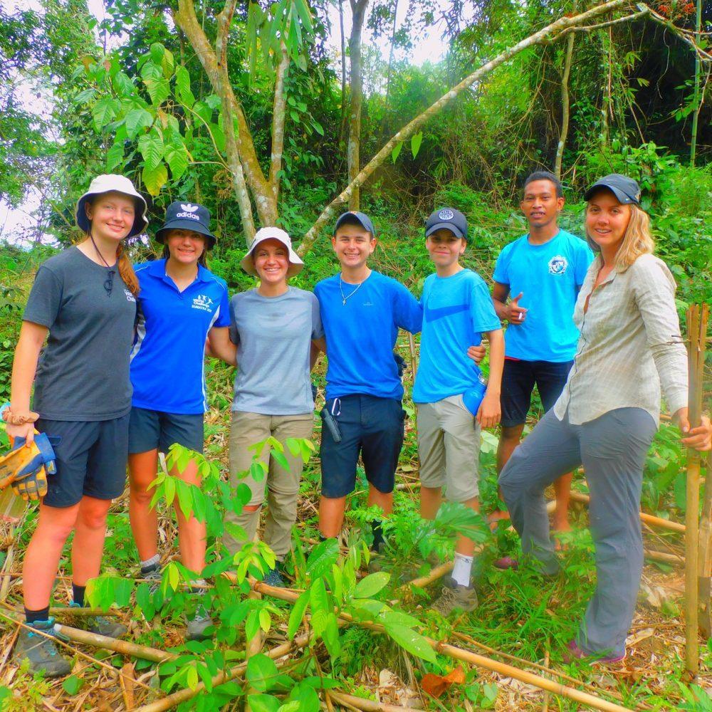 Volunteers batu 9