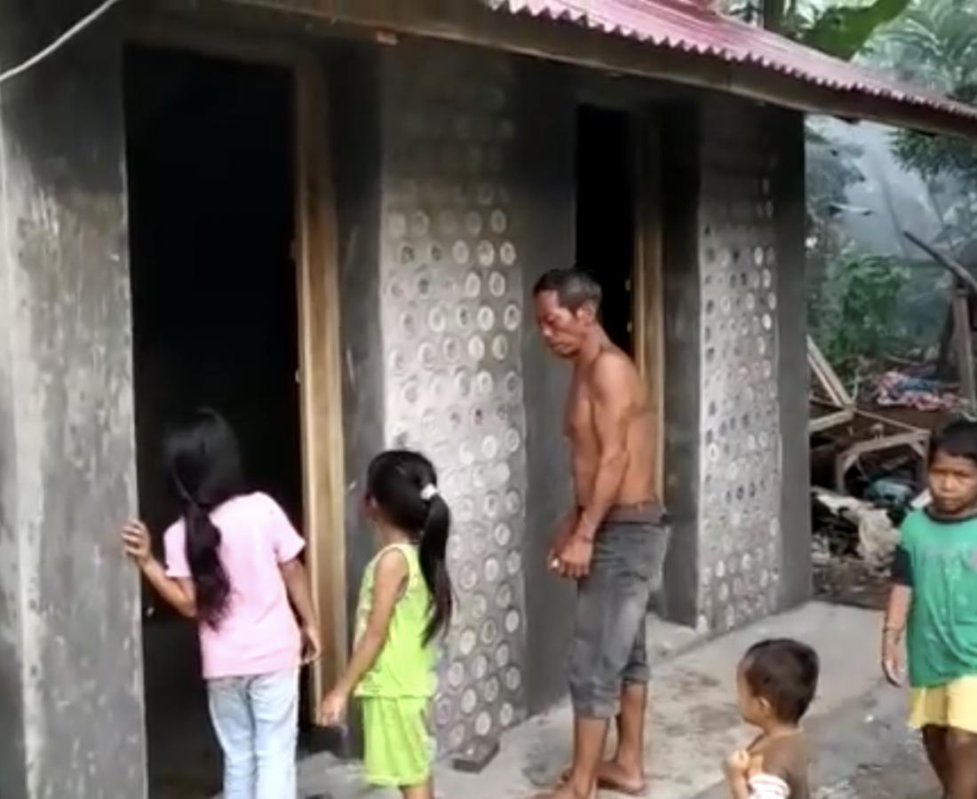 eco brick toilet 2